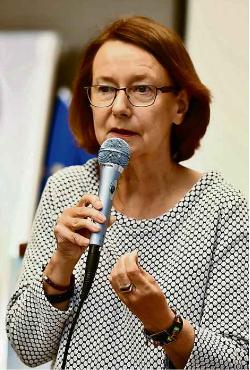 """Evelyne Gebhardt: """"Rechtsextreme und Populisten wollen die Demokratie kaputtmachen"""" (GB-Foto: Vecsey)"""
