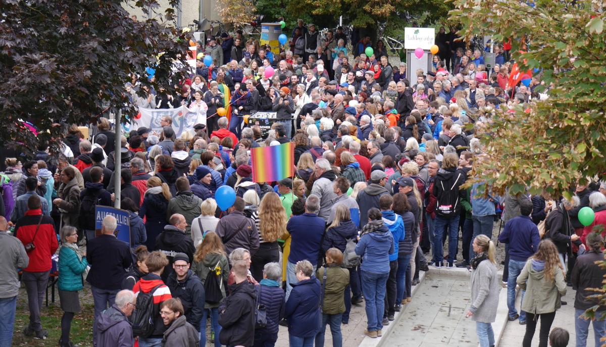 Herrenberg Bleibt Bunt, Kundgebung am Tag der Deutschen Einheit